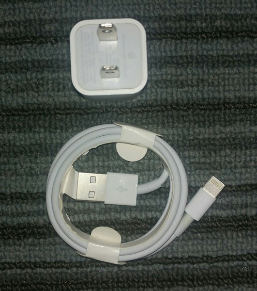 Used Original NEW Charger wth Lightning cable in Dubai, UAE