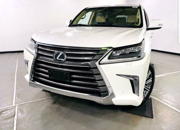 Used WANT TO SELL MY LEXUS LX 570 2017 MODEL in Dubai, UAE