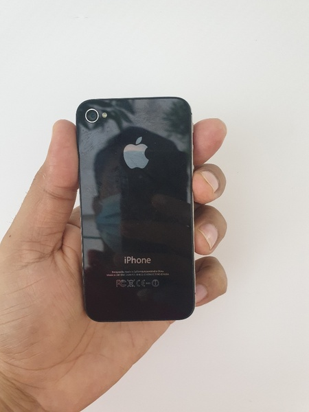 Used No retune accepted - Iphone 4s Dead in Dubai, UAE