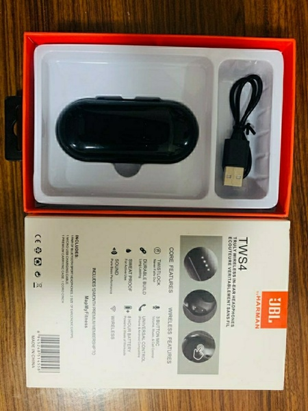 Used JBL TWS4 Wireless Headphone Master Copy in Dubai, UAE