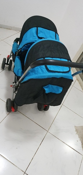 Used Stroller 2 babies in Dubai, UAE