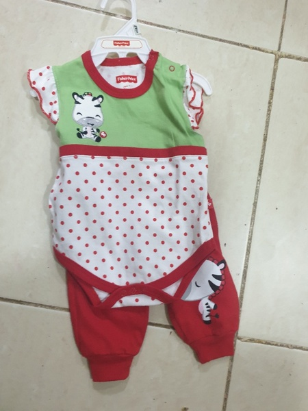 Used Buy1get 2 newbaby girl dress 0-3 months in Dubai, UAE