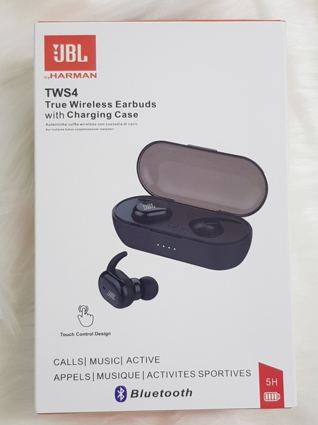 Used For iphone android JBL EARBUDS j in Dubai, UAE