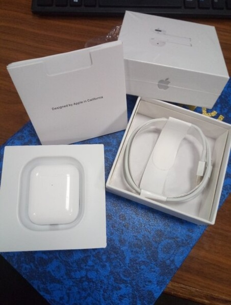 Used Airpods 2 Master Copy ⭐ Trusted Seller in Dubai, UAE