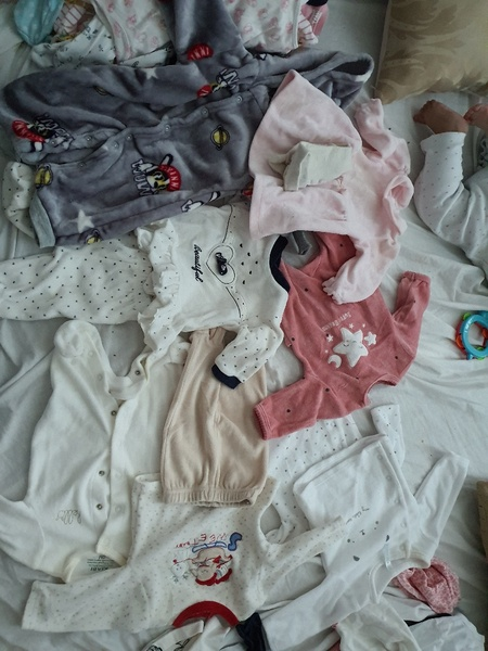 Used Baby warm clothes last chance in Dubai, UAE