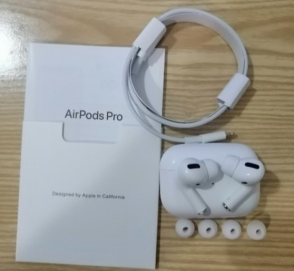 Used WIRELESS BLUETOOTH AIRPOD PRO ✔️✔️ in Dubai, UAE