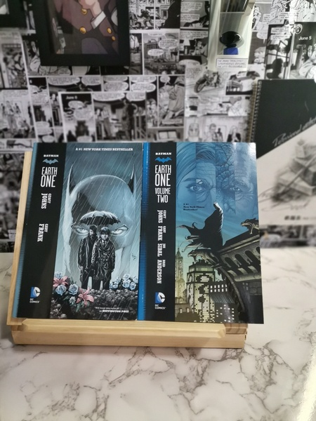 Used BATMAN EARTH ONE VOL.1 AND 2 in Dubai, UAE