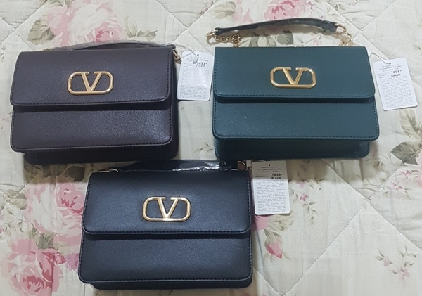 Used Valentino Sling Bag in Dubai, UAE