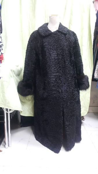 Used Astrakhan Fur Coat size XL or 16 in Dubai, UAE