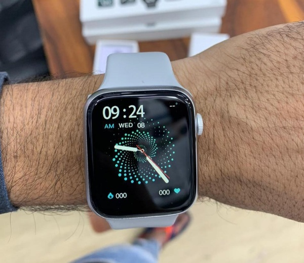 Used HW22 APPLE MASTER SERIES 6 ELE1 in Dubai, UAE
