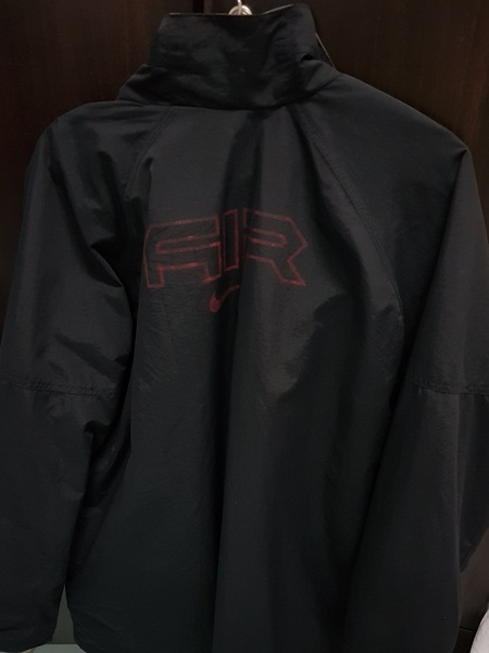 Used Nike Jacket (Large) Original in Dubai, UAE