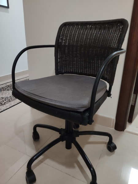 Used IKEA GREGOR black swivel chair in Dubai, UAE