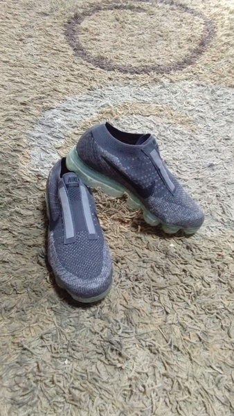 Used Nike Vapormax shoes size 41 new in Dubai, UAE