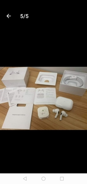 Used GRAB APPLE AIRPODS PRO FAST BEST QUALITY in Dubai, UAE