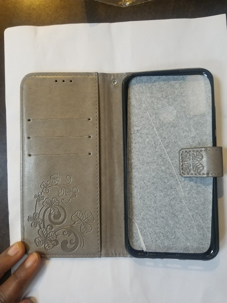 Used phone case in Dubai, UAE