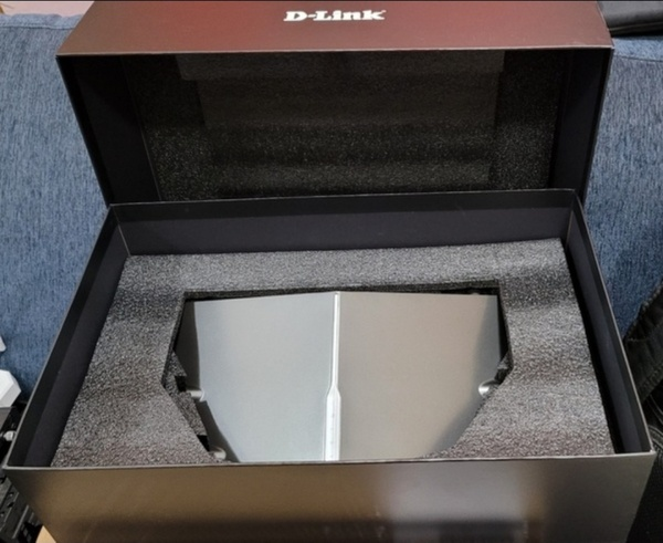 Used D-Link DIR-895L Wireless AC 5300 Router in Dubai, UAE