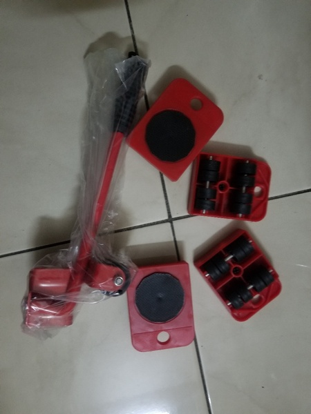 Used 5 in 1 heavy furniture moving tool in Dubai, UAE