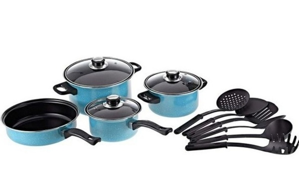 Used Cookware set with kitchen tool set in Dubai, UAE