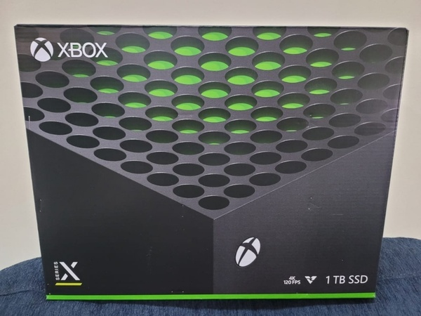 Used Microsoft Xbox Series X Console Bundle💯 in Dubai, UAE