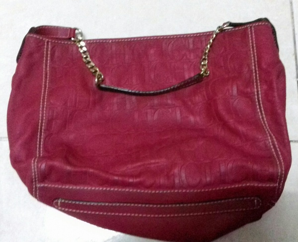 Used ORIGINAL CAOLINA HERRERA BAG in Dubai, UAE