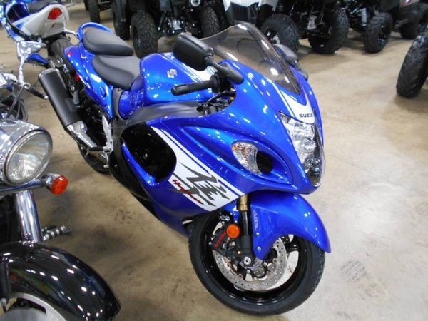 Used Suzuki Hayabusa 1300 in Dubai, UAE