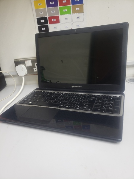 Used Acer slim 8gb 500gb 5th Generation in Dubai, UAE