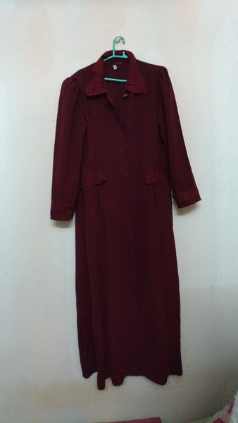 Used Beautiful Abaya size large in Dubai, UAE