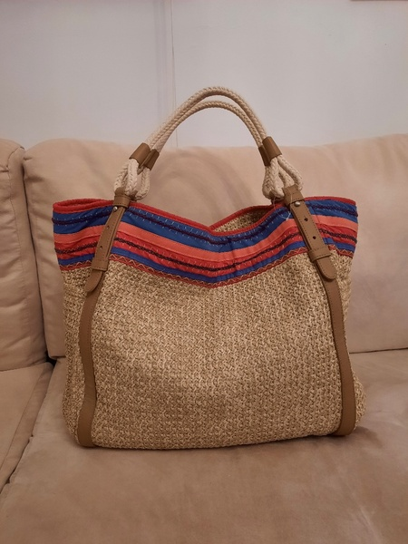 Used Brand new GAP large size bag in Dubai, UAE