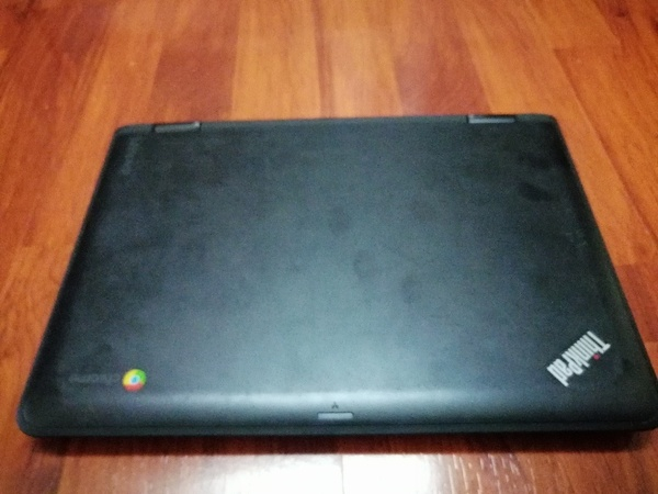 Used Lenovo Chromebook e11 in Dubai, UAE