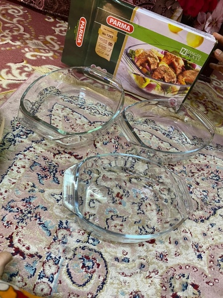 Used Glass plate 3 pices in Dubai, UAE