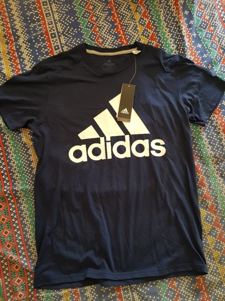 Used Original Adidas tshirt in Dubai, UAE