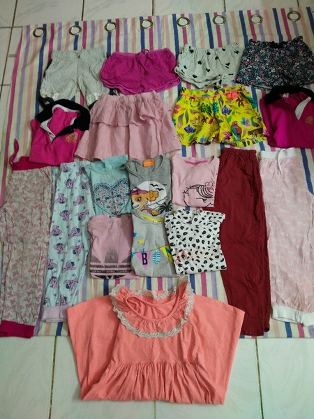 Used Combo of clothes & shoes for 5 year girl in Dubai, UAE