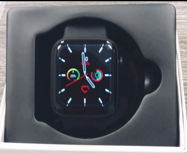 Used original  heart rate monitor smart watch in Dubai, UAE
