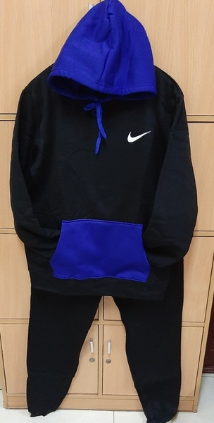 Used NIKE 2 pcs hoodie for him ! in Dubai, UAE