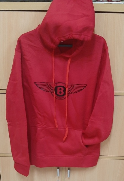 Used Red and Black hoodie set for him ! in Dubai, UAE