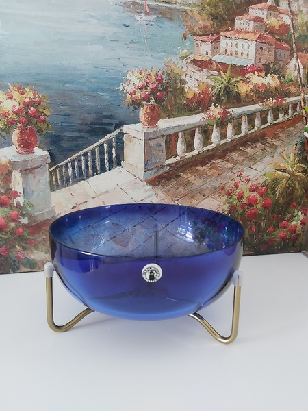 Used Blue bowl with golden stand in Dubai, UAE