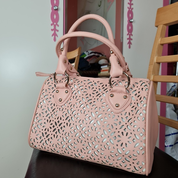 Used PAPRIKA original pink shoulder bag in Dubai, UAE