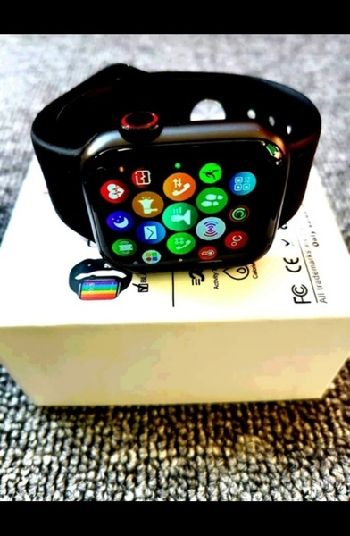Used NEW SERIES 6 SMARTWATCH BEST QUALITY NEW in Dubai, UAE
