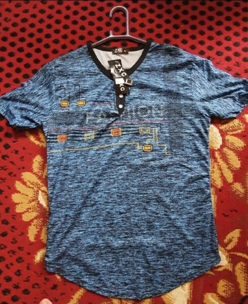 Used U Shaped  T-Shirt 👕 NEW in Dubai, UAE