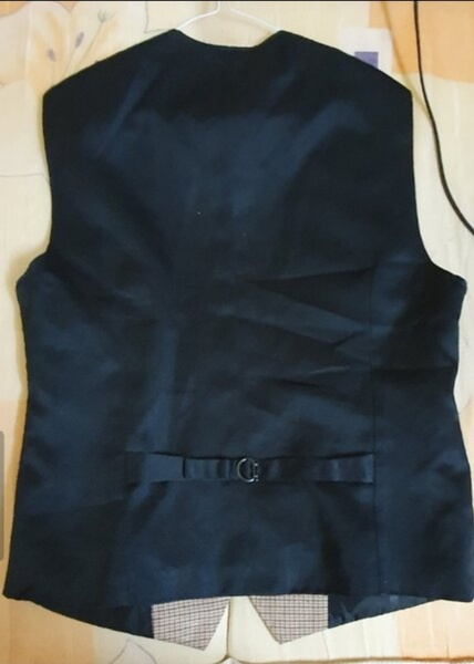 Used Waist Coat For Men 🥼 in Dubai, UAE