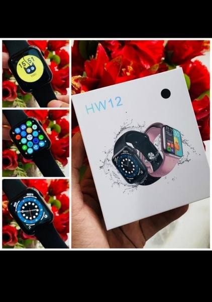 Used HW12 PREMIUM SMARTWATCH DEAL NEW ❗ in Dubai, UAE