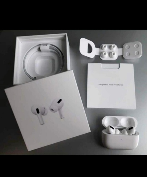 Used BUY NOW AIRPODS PRO APPLE NEW BOX💥💥 in Dubai, UAE