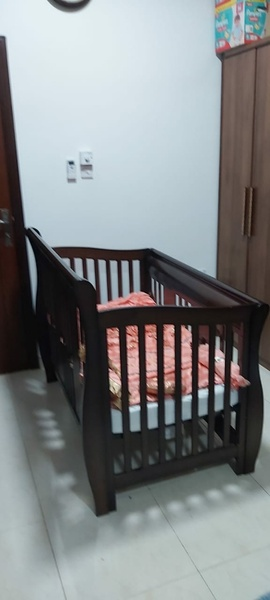 Used Giggles Baby Cot in Dubai, UAE
