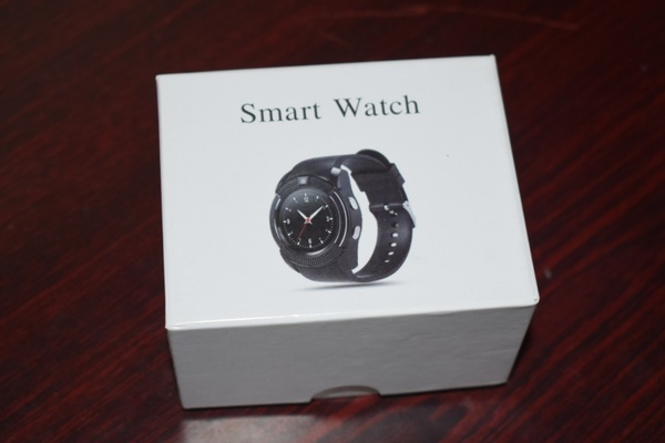 Used Smart watch with slim slot and cam in Dubai, UAE