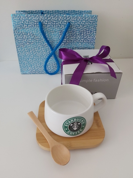 Used New cup with spoon ready to gifting in Dubai, UAE