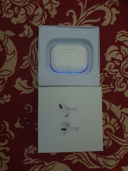 Used Airpod 3 2pc best budget qualty product in Dubai, UAE