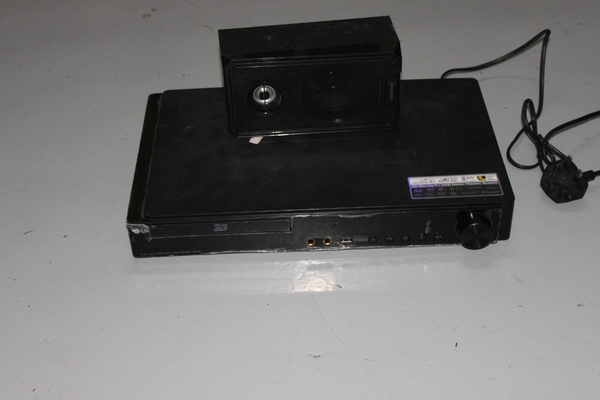 Used 3D blue-ray home THEATER in Dubai, UAE