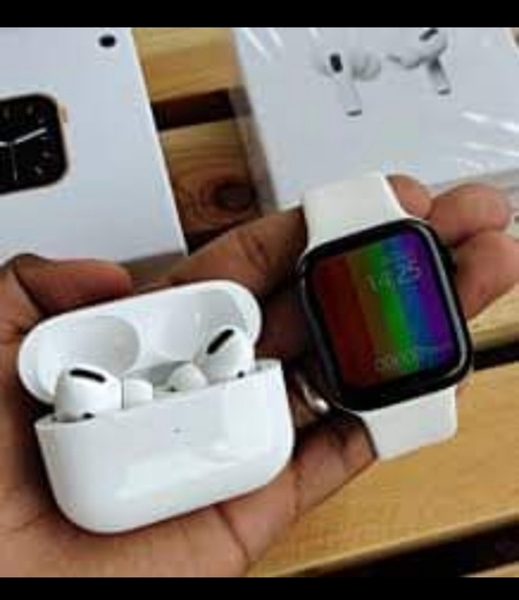 Used LIMITED OFFER SERIES 6+AIRPODS PRO in Dubai, UAE