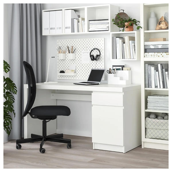 Used Ikea computer / studying desk مكتب ايكيا in Dubai, UAE