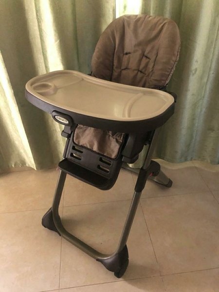 Used GRACO Removable Baby Chair in Dubai, UAE